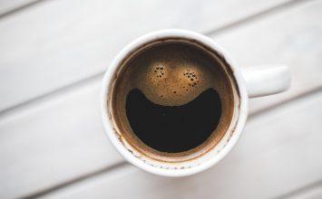 Volite kavu? Evo kako kava utječe na zdravlje očiju