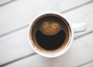 Ispijanje kave – kako kava utječe na zdravlje očiju?