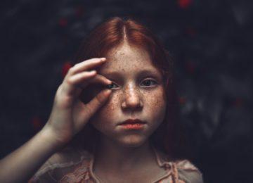 Titranje oka – zašto vam titra oko, kako ga zaustaviti i koji su uzroci