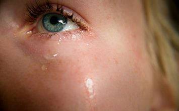 Imate suhe oči? Mogući uzrok je disfunkcija Meibomove žlijezde!