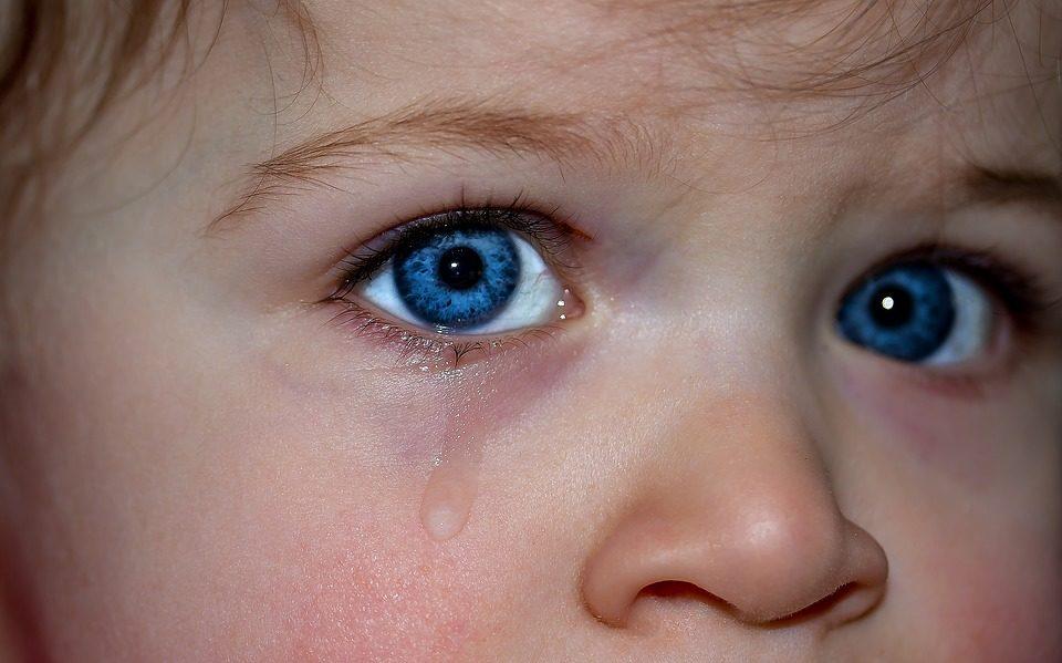 Zašto plačemo, zašto se ježimo, zašto kišemo i zijevamo? Tijelo nas brani!