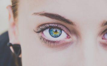 Suha koža oko očiju – najbolji kućni pripravci za njegu!