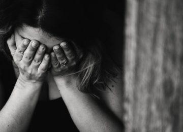 Suzne oči – uzroci, simptomi i liječenje