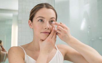 Što kada vam zapne kontaktna leća u oku?