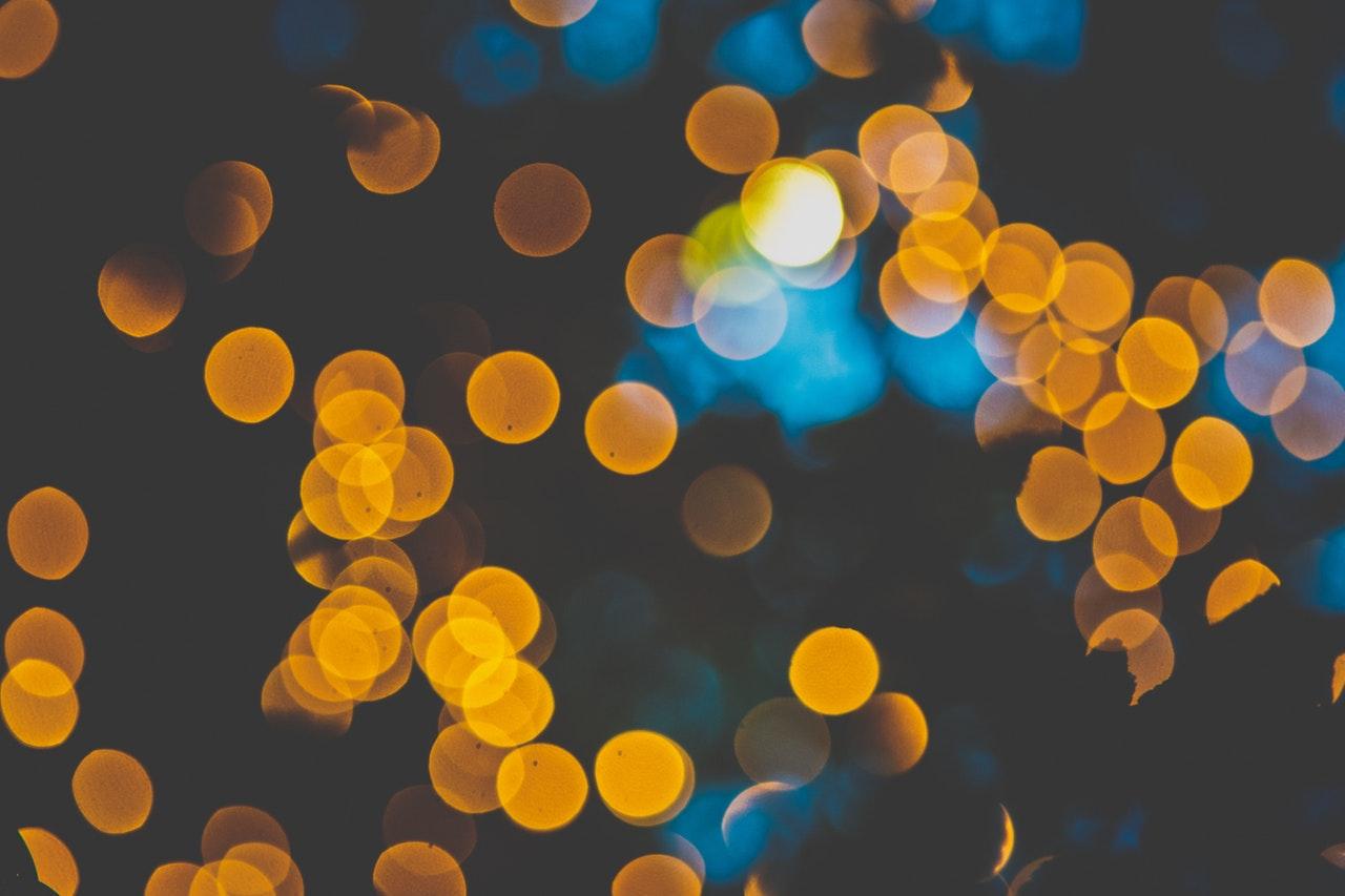 zvjezdice i boje u očima