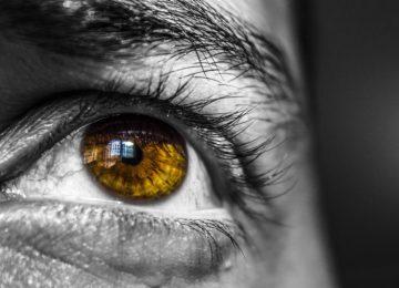Entropija ili okretanje očnog kapka – uzroci, simptomi i liječenje